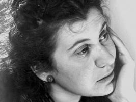 Annafia Trollbäck, Rebecka Tudor
